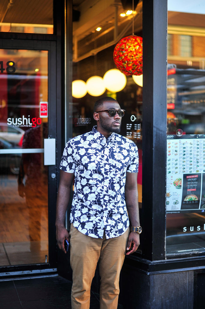 Jesse Aboagye_Blue Floral Shirt_Weekend Style 4