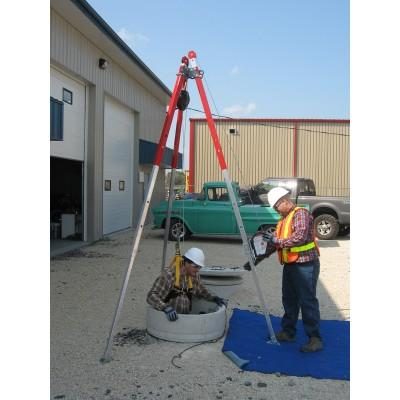 Tuff Built Products PRO-3, 10' Tripod; 3 stage collapsible legs; leg chains; 1 pulley. Maximum Height 119