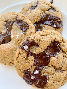 SUBSCRIBE :: 4 Cookie Combo—2 Vegan and 2 Non-Vegan—Dark Chocolate, Sea Salt, Freshly Baked, Delectable Cookies