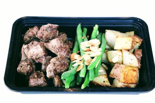 Grilled Sirloin Tip with Red Potatoes, Sauteed Green Beans and Almonds - FIT BY ELIA