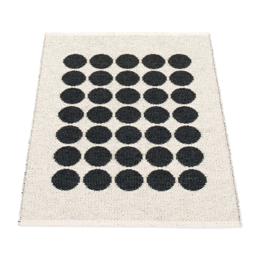 Pappelina Fia Rug Black and Vanilla 70 x 100cm