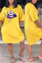 Load image into Gallery viewer, Colorful Lip Plus Size Casual Dress