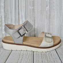 Load image into Gallery viewer, Women's Contrast Buckle Platform Sandals