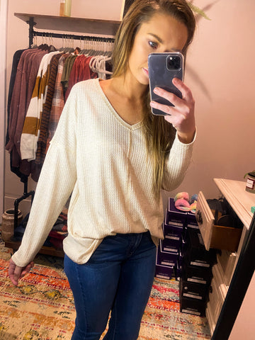 Simple and Easy Thermal V-Neck Top