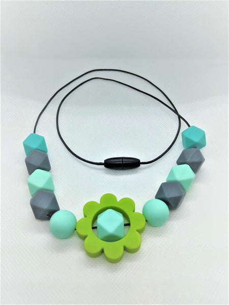 Flower Chewlery Break-Away Necklace