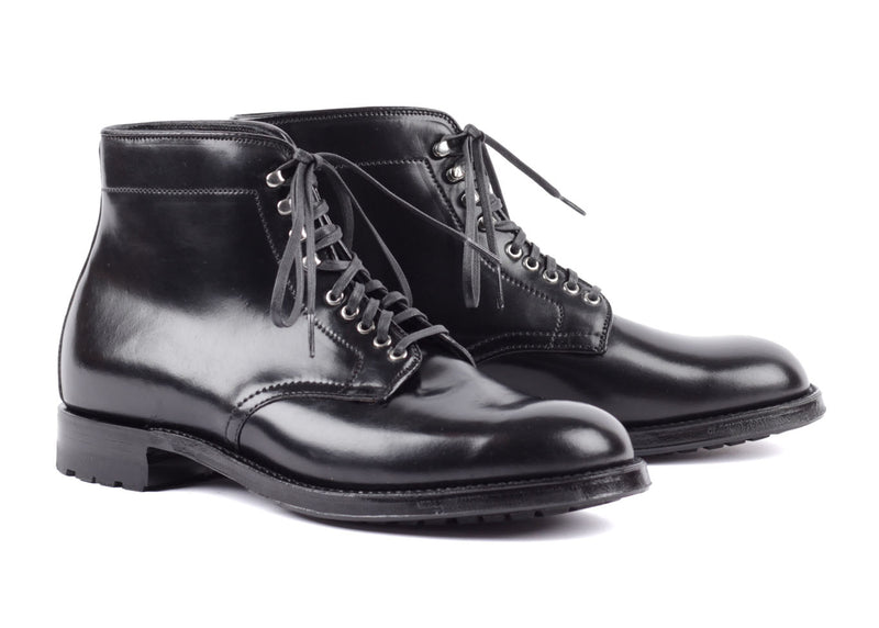 M9803H - Plain Toe Boot - Black