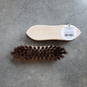 Outdoor scouring brush