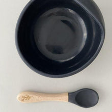 Load image into Gallery viewer, Silicone bowl and spoon set