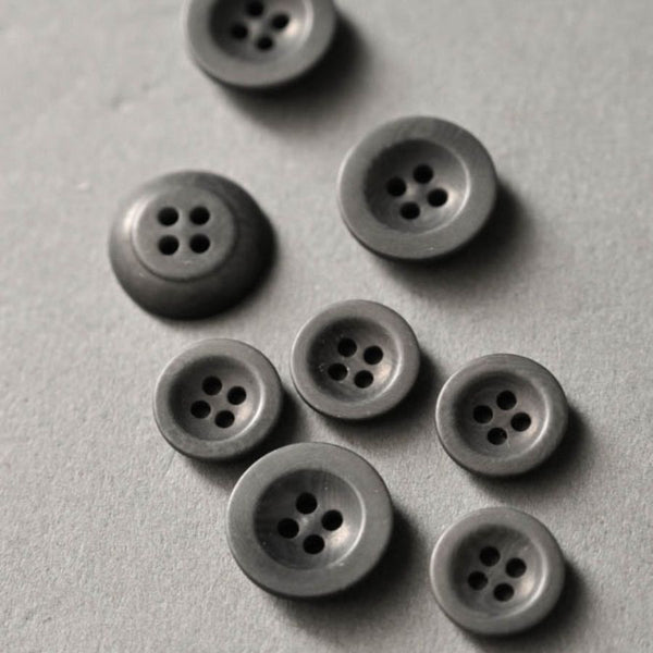 Corozo grey buttons