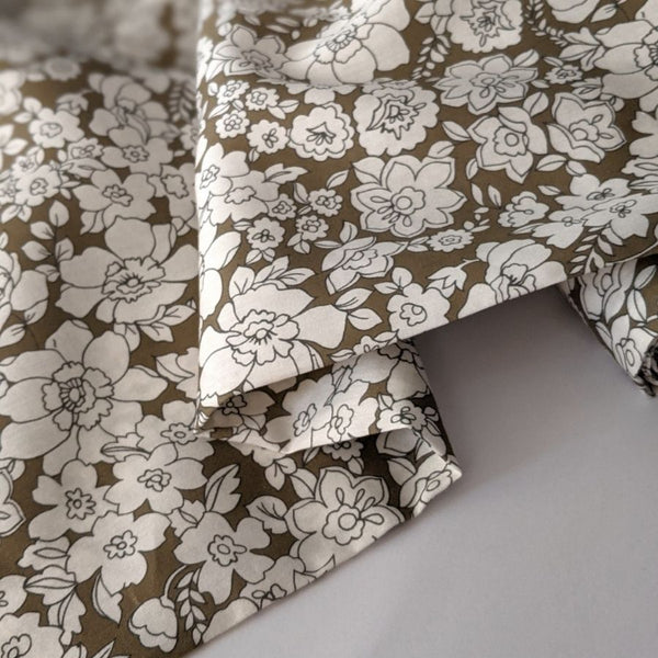 Atelier 27 Satin cotton in floral print