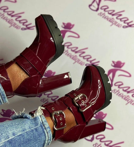 Wine Patent Booties