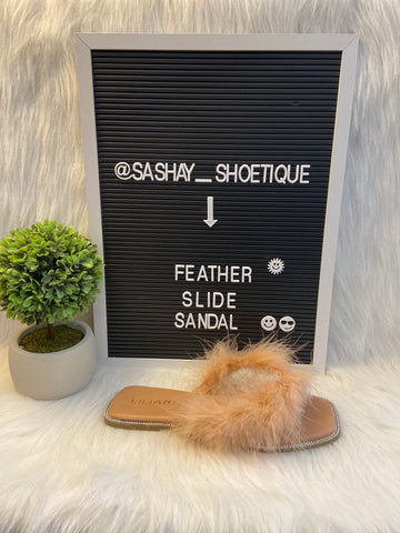 Feather Slide Sandal (nude)