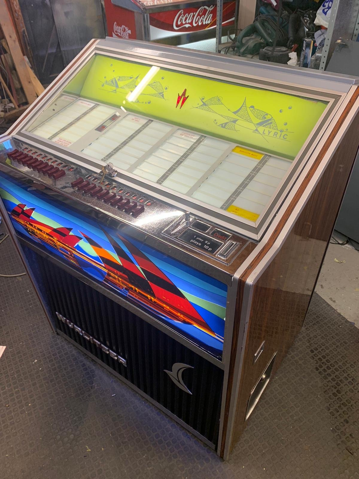 Wurlitzer Lyric Vinyl Jukebox