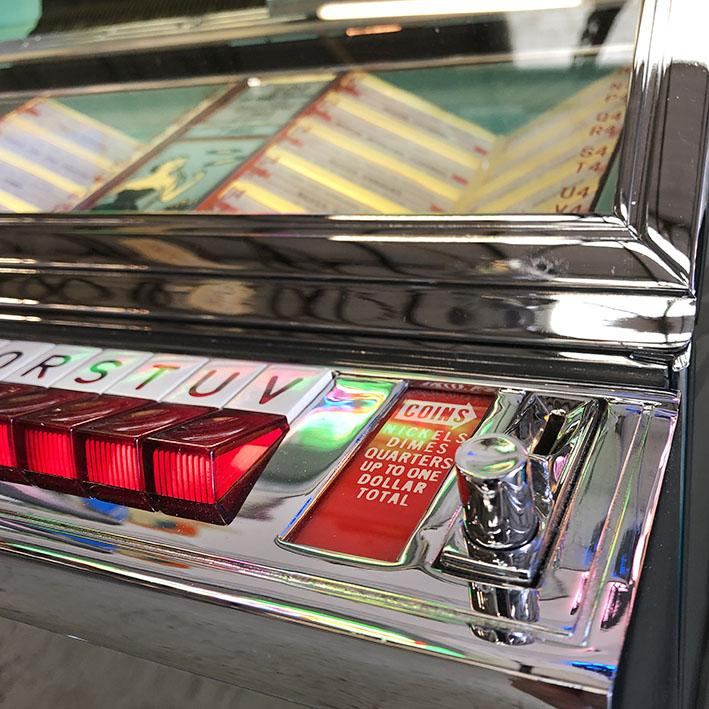 Original Seeburg 161 Vinyl Jukebox