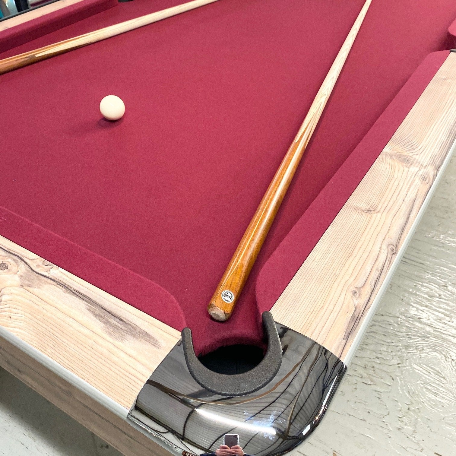 Sam Leisure Virginia English Pool Table in Country Oak 7ft