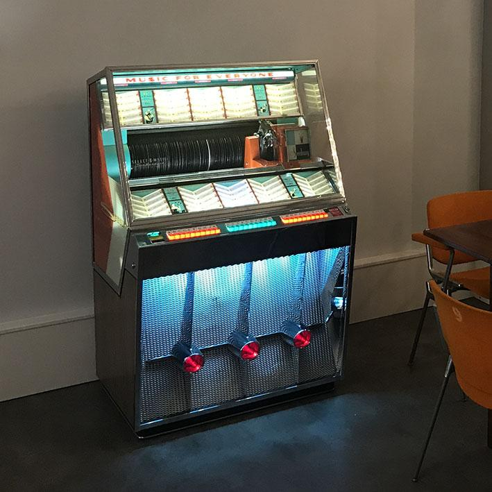 Seeburg 201 Vinyl Jukebox