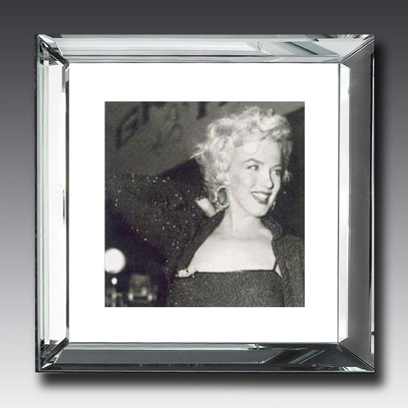 Marilyn Monroe - Mirror-Frame Picture