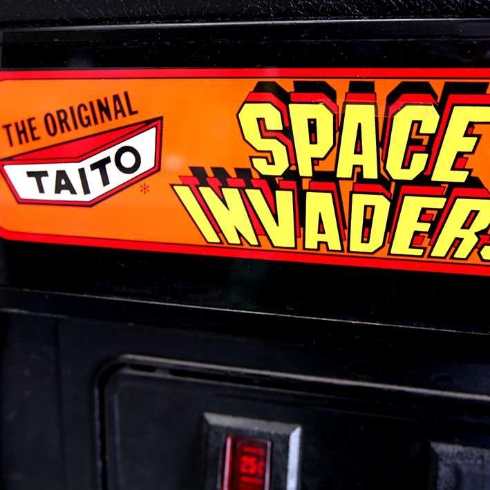 Original 1980s Space Invaders Arcade Machine