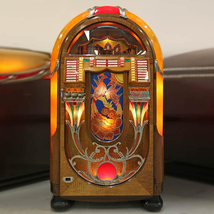 Original 1941 Wurlitzer 850 Peacock Vinyl Jukebox