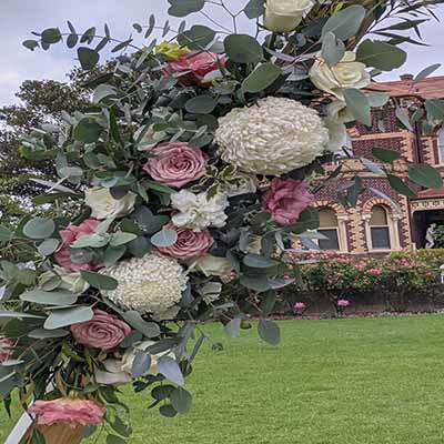 Wedding Flowers at Rippon Lea Estate