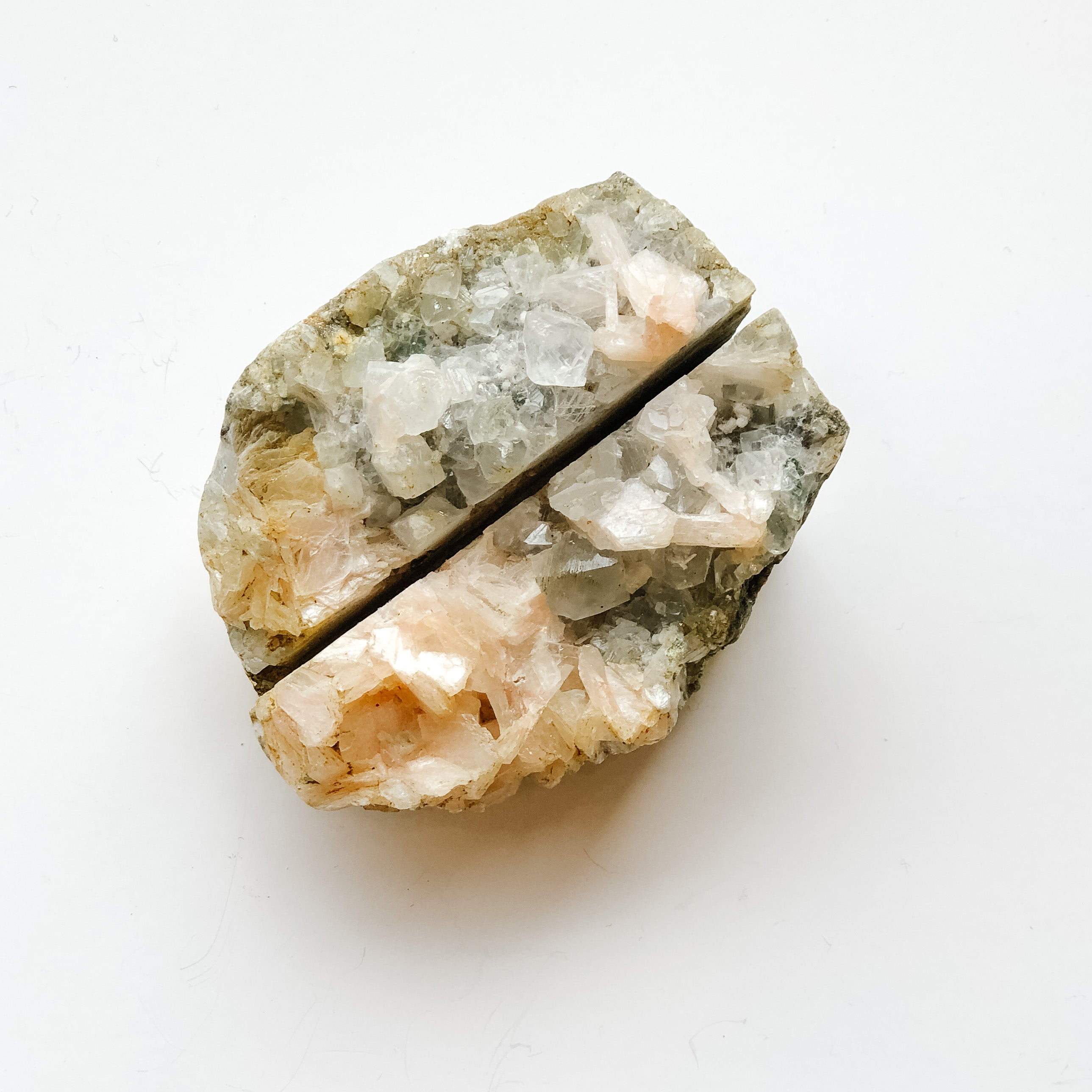 APOPHYLLITE WITH GOLDEN EDGE CARD HOLDER