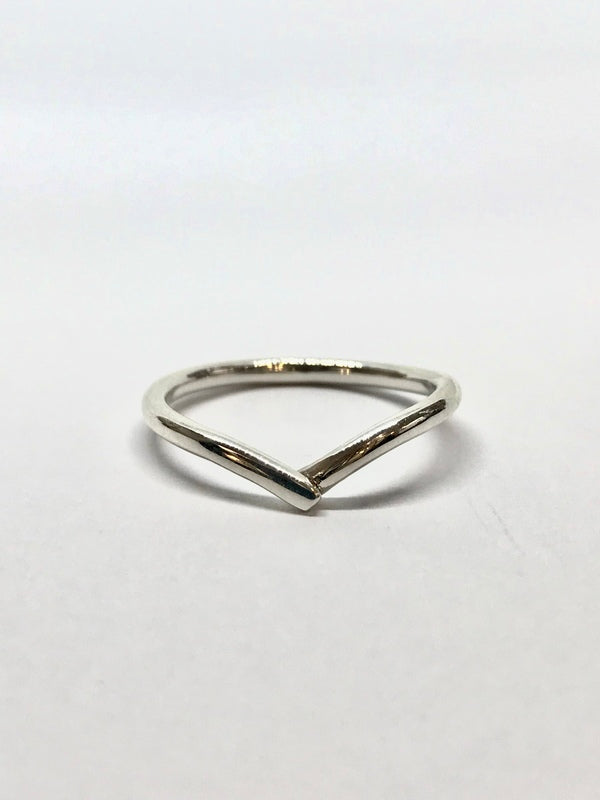 Silver crest wave ring