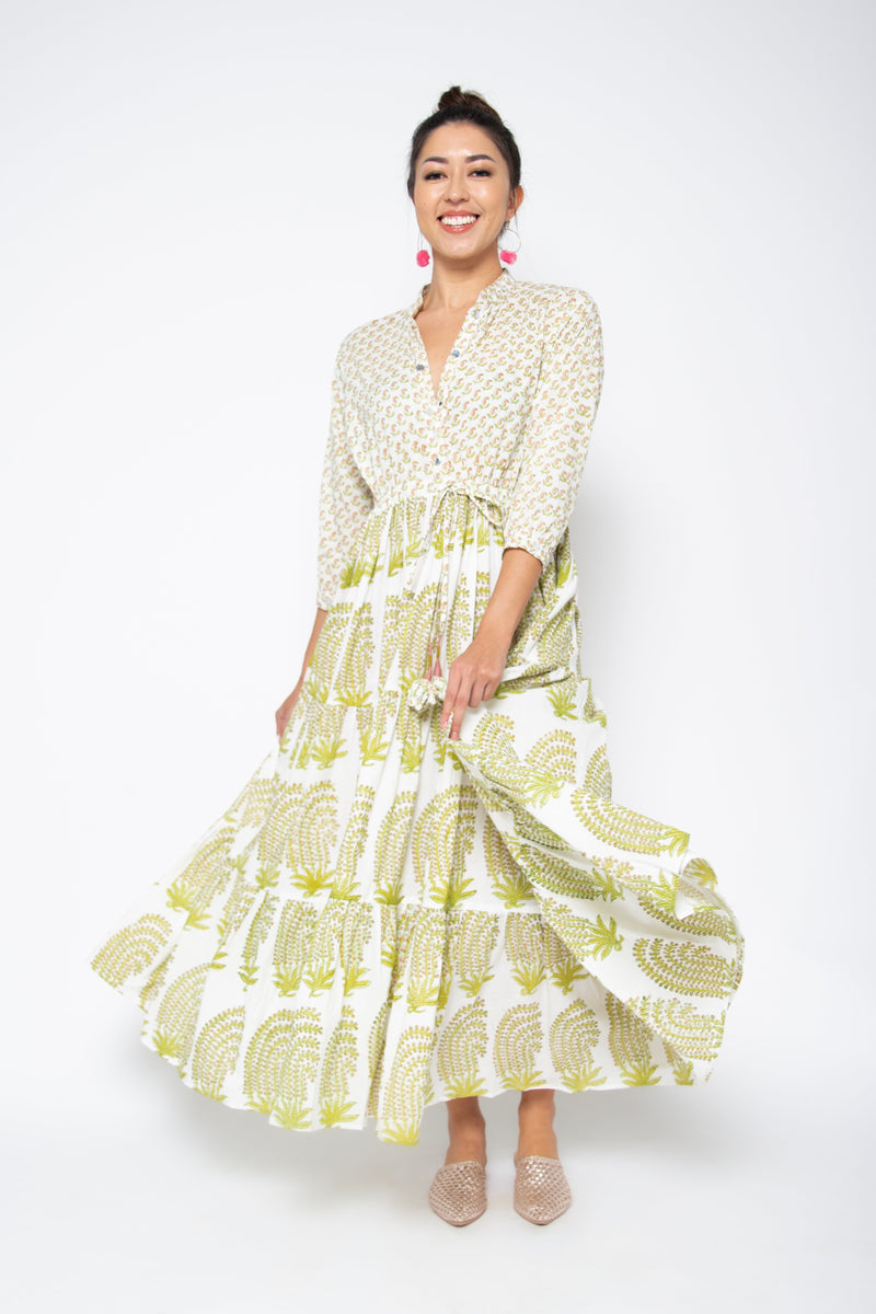 Baliza women´s Island maxi dress with pockets in pink and green paisley block print