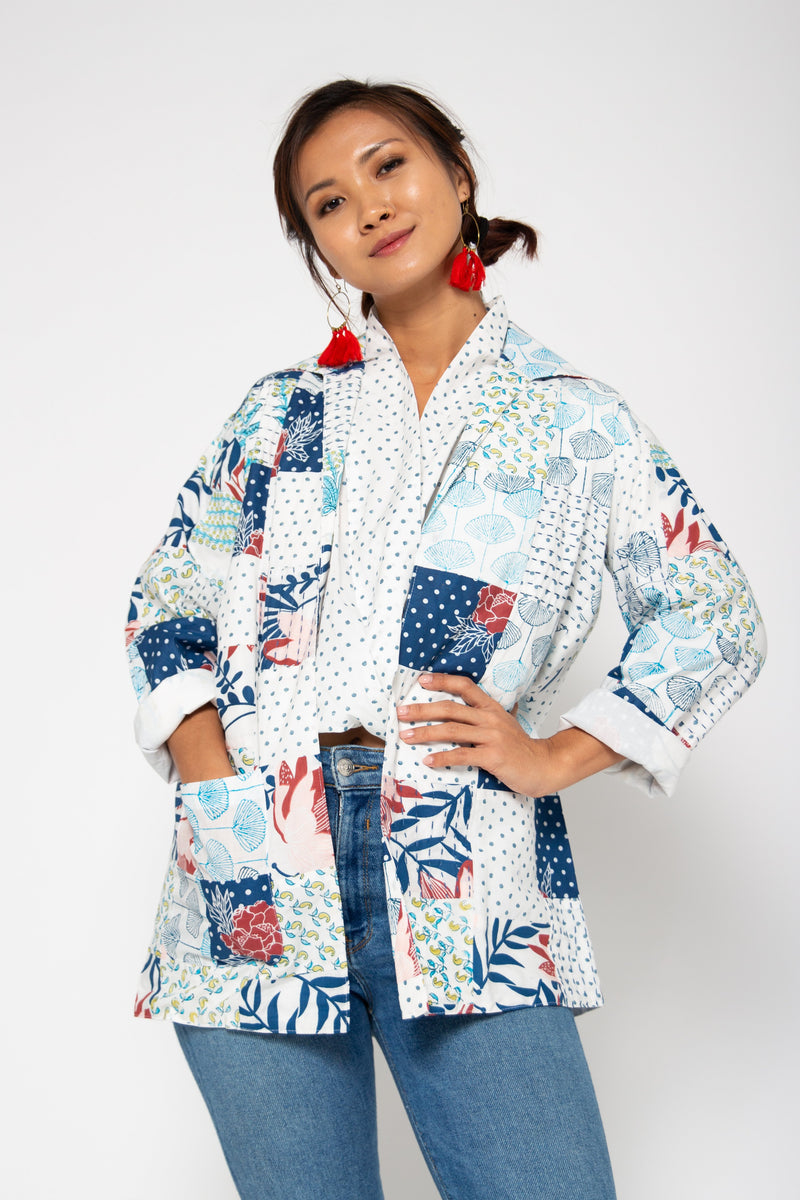 Baliza women´s Jade Patch jacket in mixed blue screen and block print
