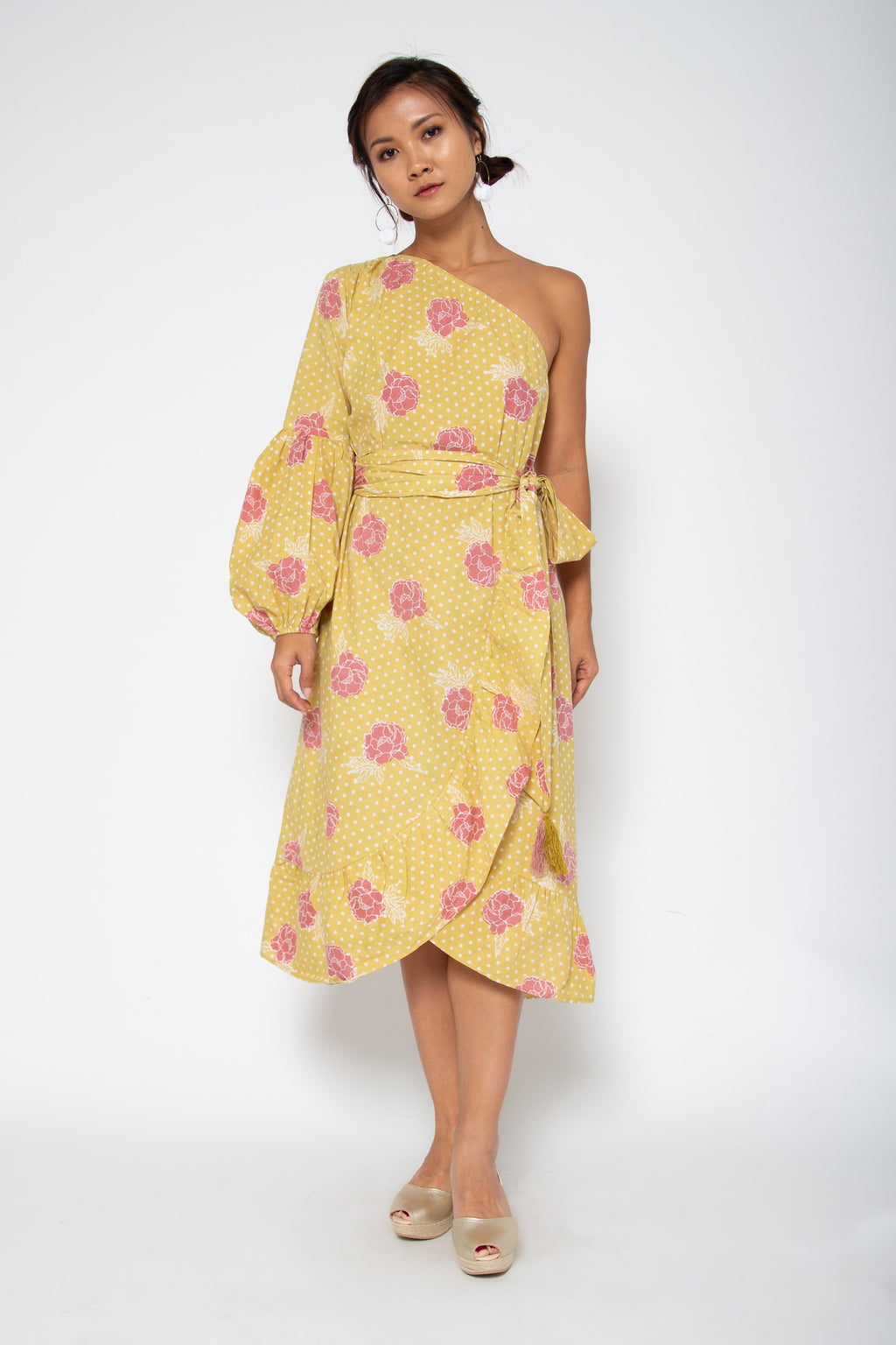Baliza women´s Peony one shoulder dress yellow marigold screen print