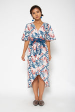 Baliza women´s Shakura dress in blue and pink Lily screen print