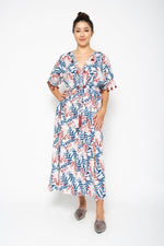 Baliza women´s Shell  maxi dress with pockets in blue and pink Lily sceen print