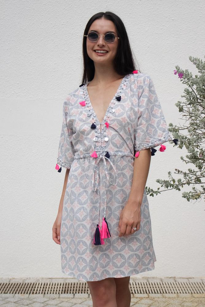 Baliza women´s short Shell dress with pockets in Unity screen print