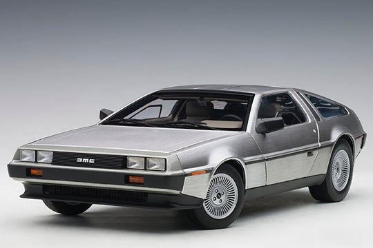 DeLorean 1981-83 DMC-12
