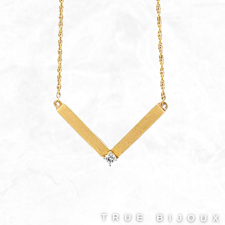 Estate 14K Yellow Gold 'V' Pendant Vintage Jewelry for Sale Canada Ottawa Montreal Necklace