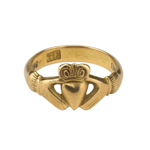 18th Century Irish Claddagh ring, Image via British Museum history of heart jewelry ottawa