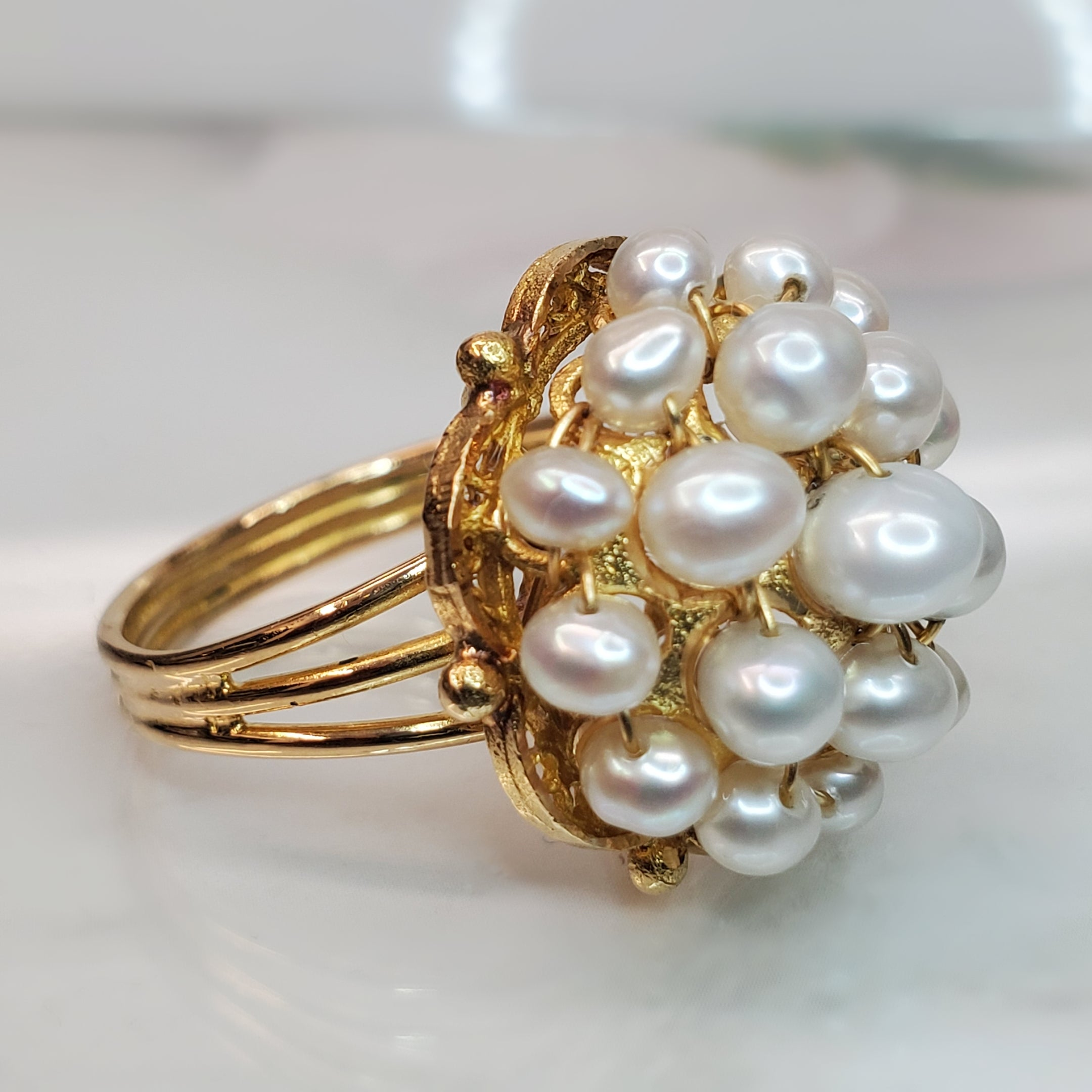 Estate 18k Yellow Gold Cluster Pearl Ring