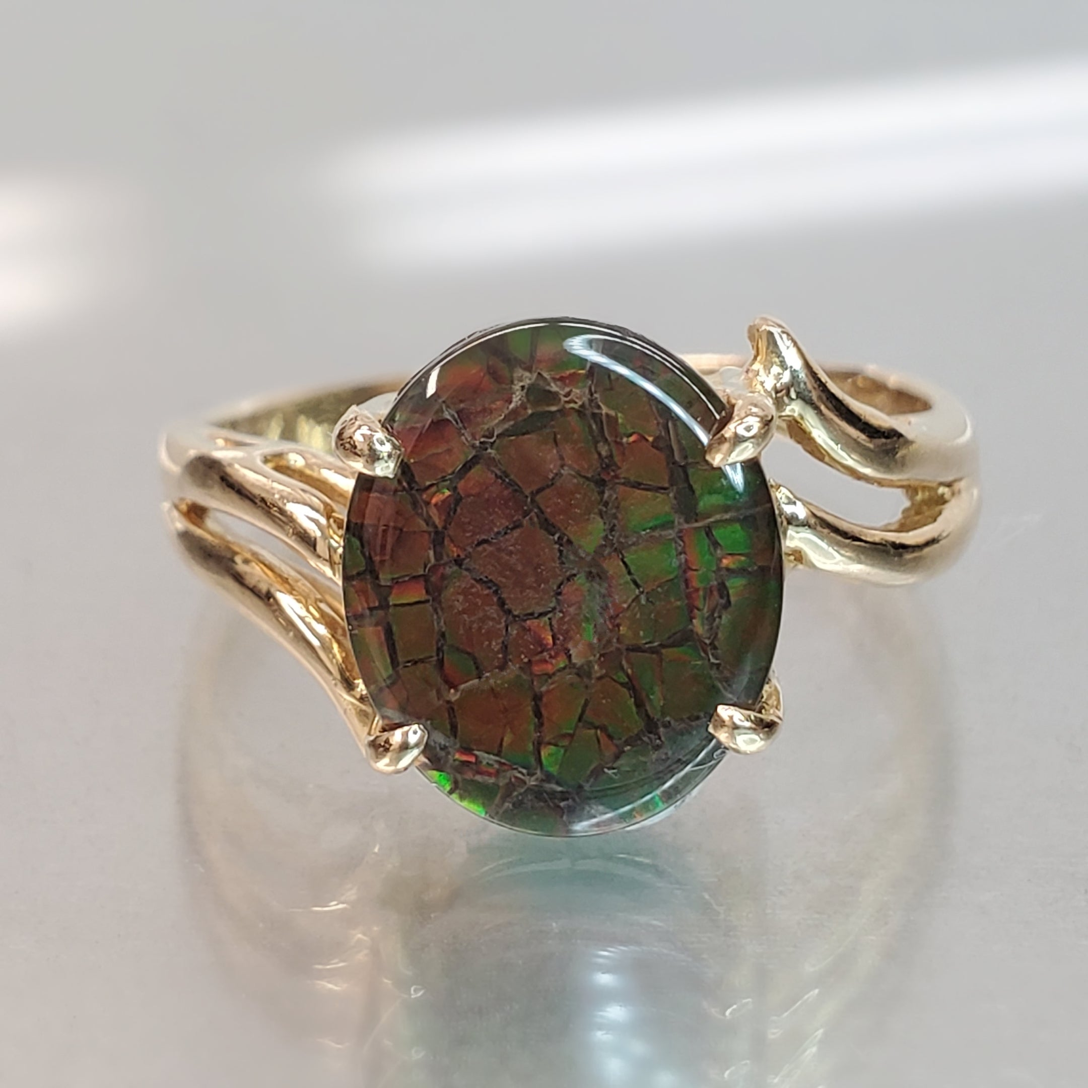 Estate 14K Yellow Gold Oval Ammolite By-pass Ring