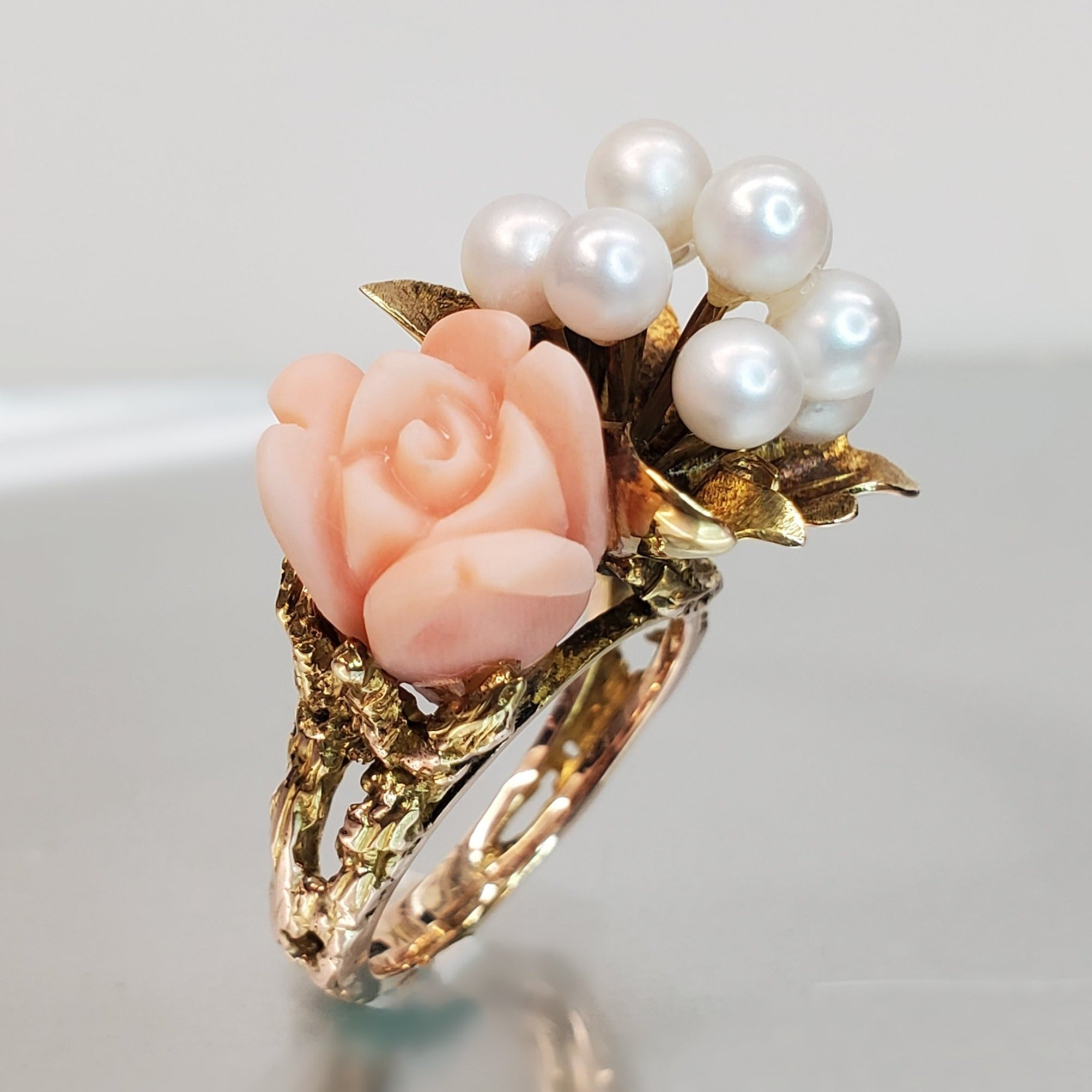 Estate 10k Yellow Gold Coral & Pearl Floral Arrangement Ring