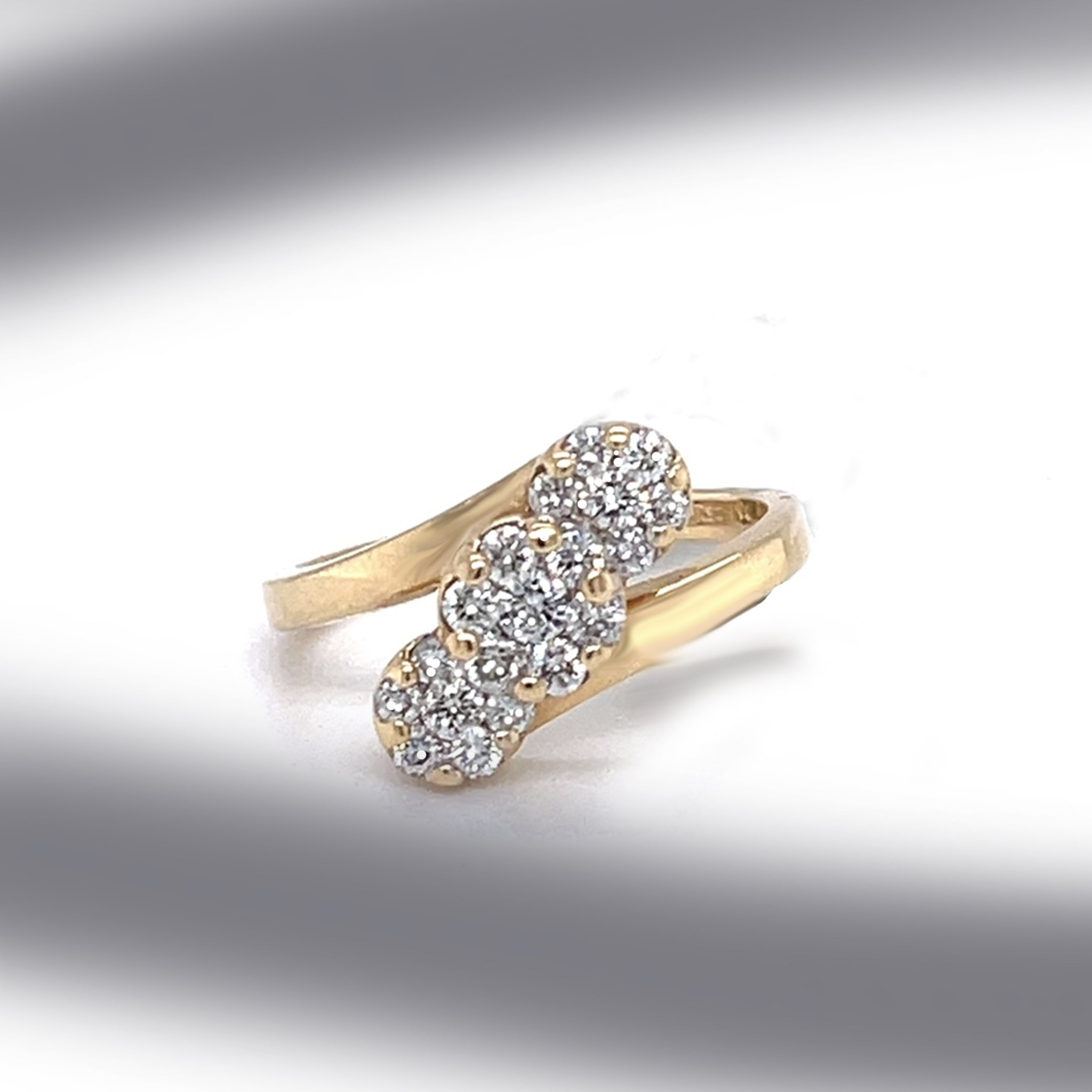 Estate Three Illusion Set Diamond Clusters in 14K Yellow Gold Ring