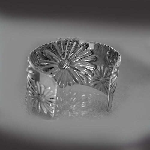 Sterling silver, Tiffany and Co., Sculptural Daisy Design, Estate Cuff Bracelet
