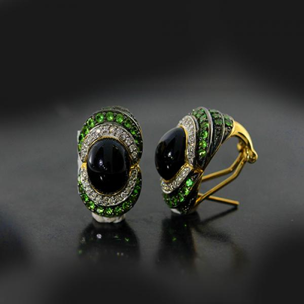 Vintage 14kt Yellow Gold Cabochon Onyx, Diamond and Tsavorite Earrings