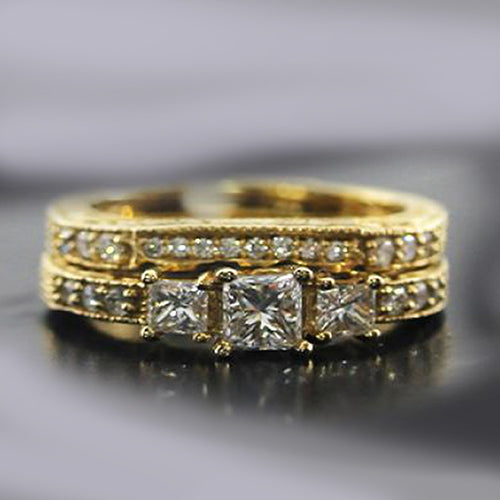 Pre-Owned 14k Yellow Gold 3 Stone Princess Cut Diamond Engagement Ring Set