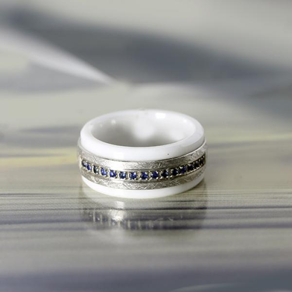 9mm White ceramic and 10k white gold ring with blue sapphire inlay  by madani