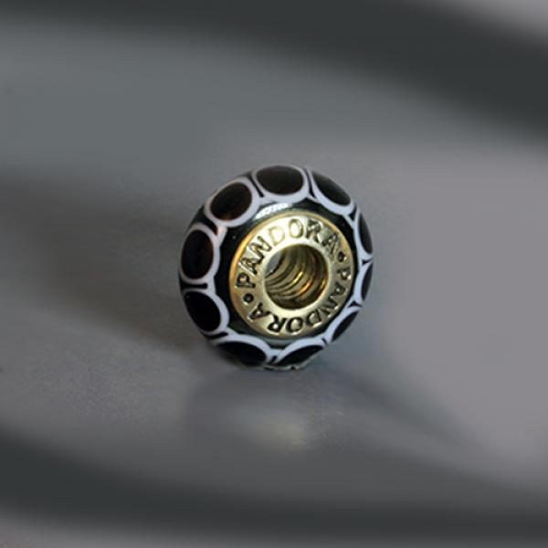 Pre-Loved Pandora 14k Gold Black Murano Glass Charm