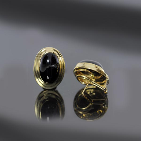 Retro 14k Yellow Gold Onyx Earrings
