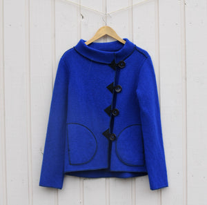 Felted jacket with collar and buttons (model 339)
