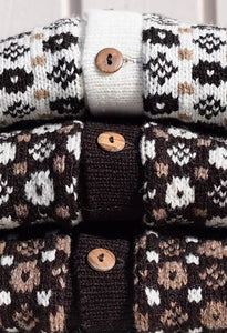 Open sweater in multiple colours and faroese pattern