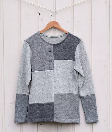 Sweater patched with multiple single colours (Model 359-2)