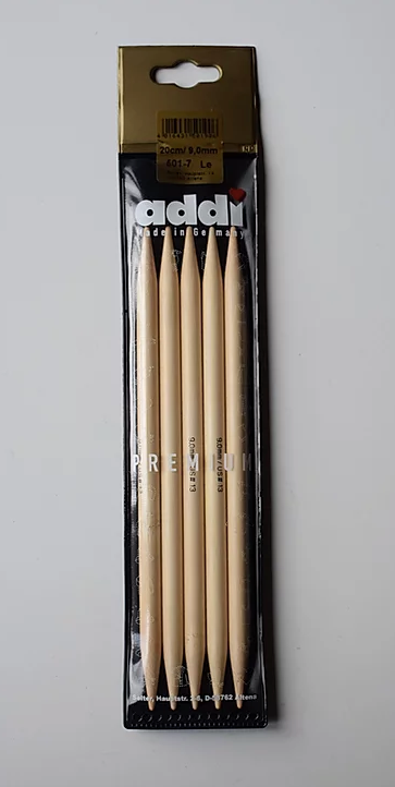 Bamboo knitting needles (20cm/9,0-10,0mm)