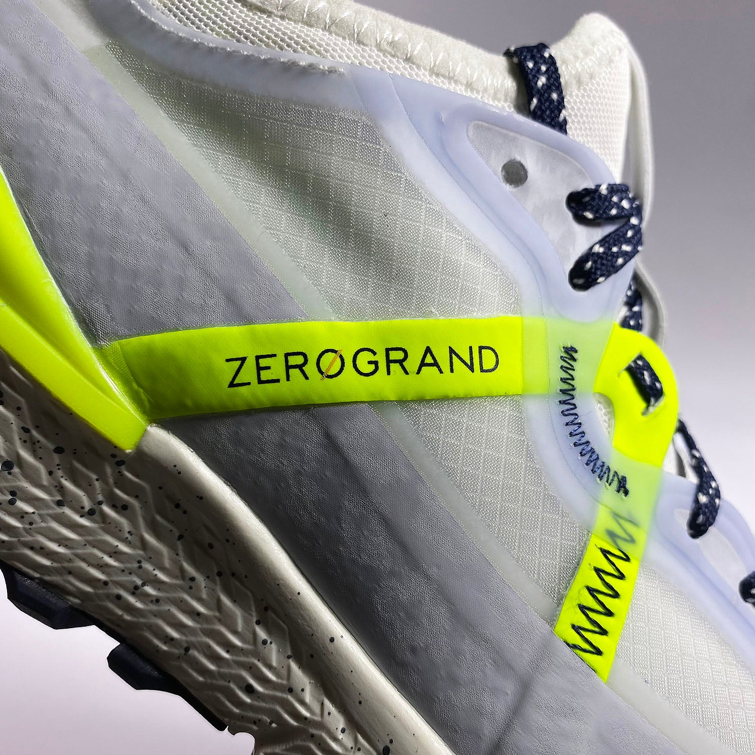 WMNS ZERØGRAND Overtake All - Terrain Runner